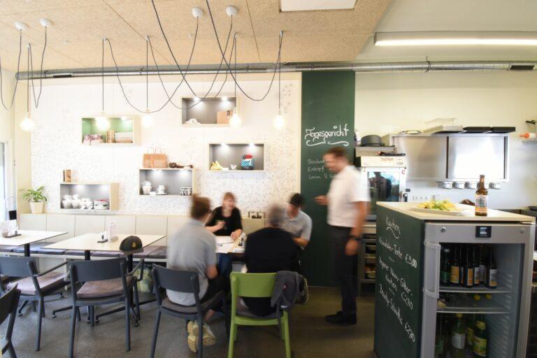 Innenraum Gastronomie Kowalksi Linz